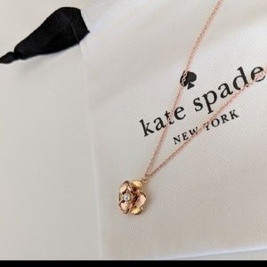 ♠️ Kate Spade gold/rose gold/pearl Necklace *NEW